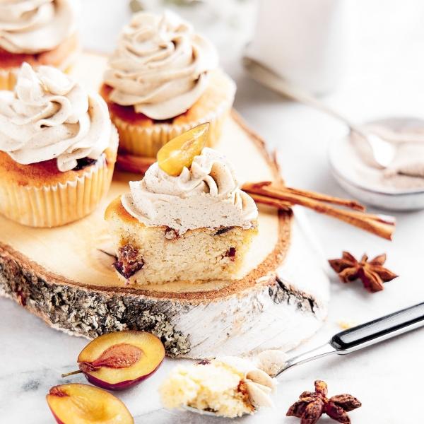 Zwetschge Cupcake mit Zimtcreme von Soulfood LowCarberia