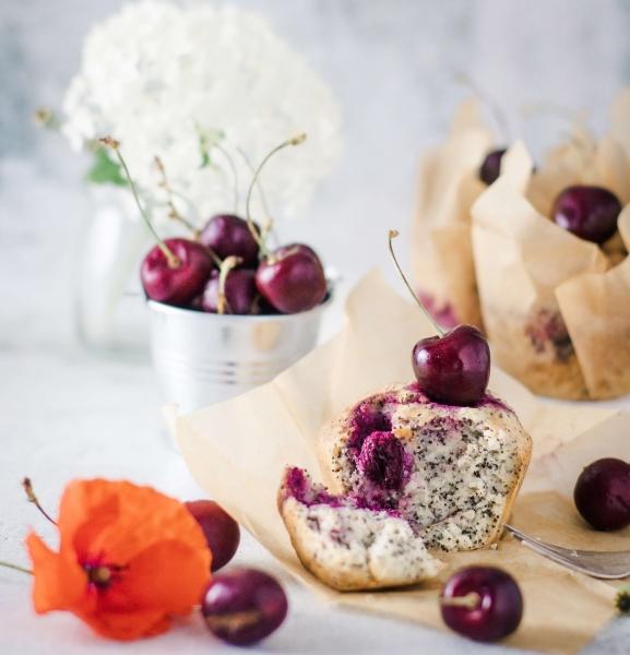 Kirsche Mohn Muffin mit Kokosöl und Erythrit gesüßt von Soulfood LowCarberia 85g